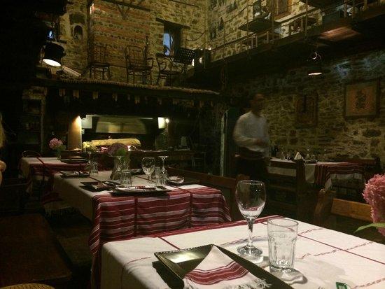 Hotel Tradita Geg & Tosk: restaurant