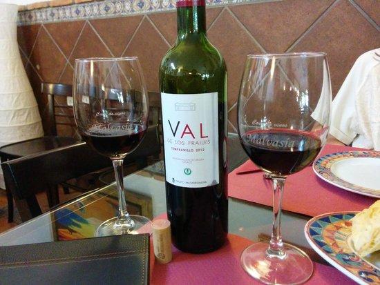 Casa de vinos y pintxos Malvasia: Buenos vinos