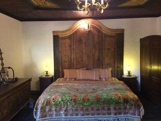 Hotel Tradita Geg & Tosk: room