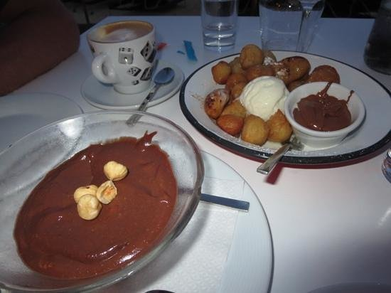 Avli Tou Thodori: Honey Flazed Donuts and Chocolate Mousse