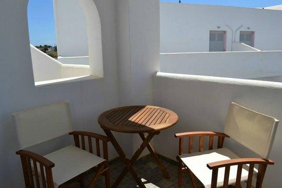 Odysseas Hotel : room balcony