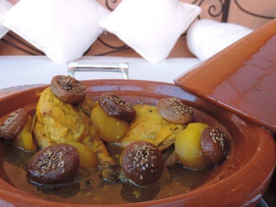 La Table Al Badia at Riad Al Badia: Sweet Chicken Tagine with Figues & Apples