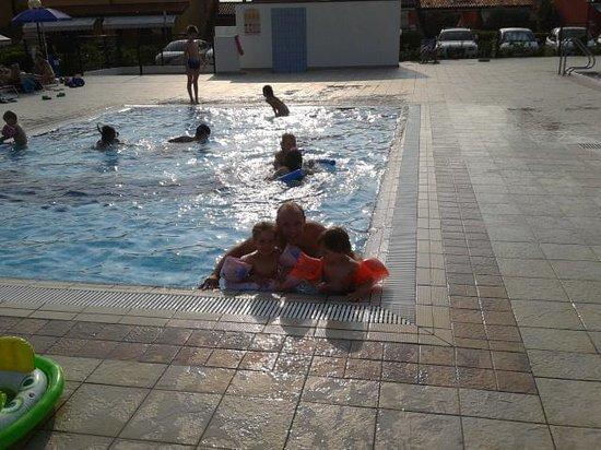 Residence Villaggio dei Fiori : giugno 2014