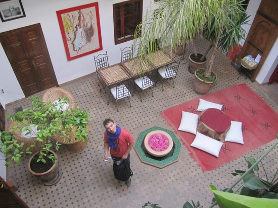 Riad Limouna : View from the 1st floor to the ground floor
