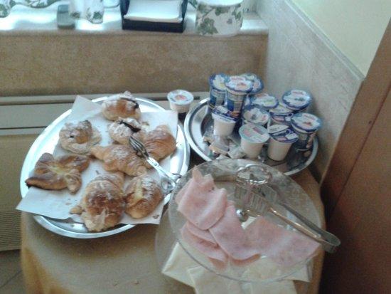 Hotel Dolomiti: cose della collazione