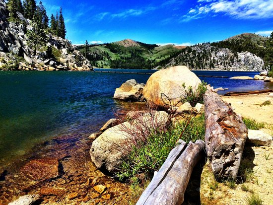 Lake Tahoe Nevada State Park: Marlette Lake near the dam