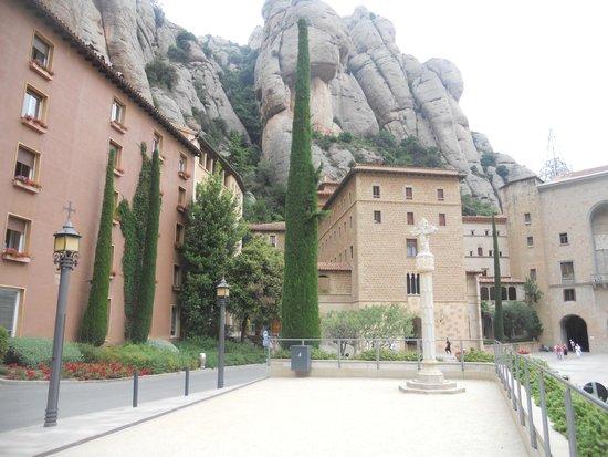 Hotel Abat Cisneros: fachada
