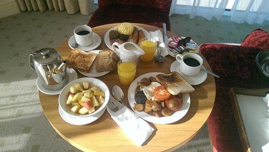 Hodson Bay Hotel : unpacked breakfast so good