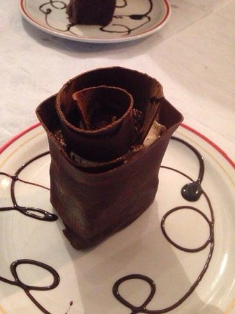 Romanos Italian: The delicious Flower chocolate dessert