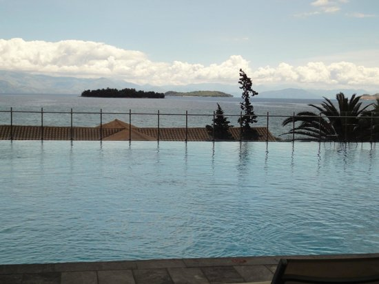 Kontokali Bay Resort and Spa: Swimming pool