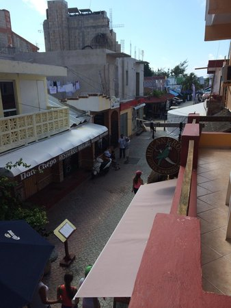 Hotel Bucaneros : View from the balcony at day ||