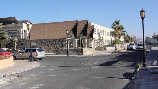 Hotel Arena : voorkant (straatzijde)