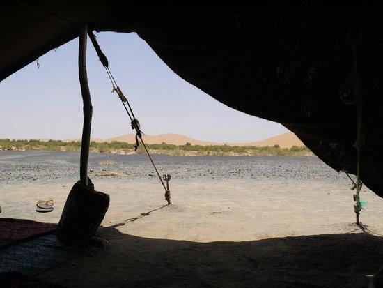 Adventure Morocco Tours: Presso tenda nomade