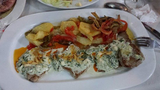 Rincon Andaluz Restaurante: Atun de almadraba al pinobreña
