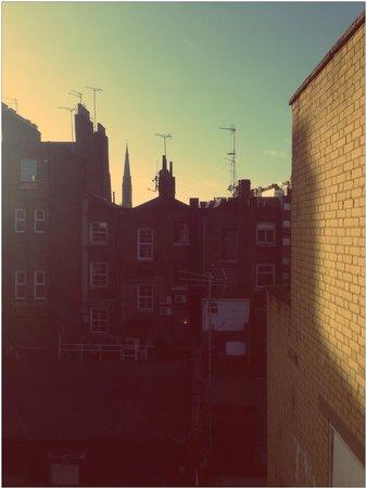 La Suite West - Hyde Park : Room with a view