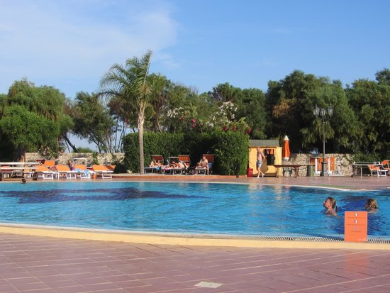 Hotel Conte di Cabrera : piscina