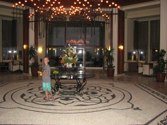 SENTIDO Perissia: In de gangen van het hotel
