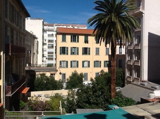 Hotel Le Grimaldi by HappyCulture : dal balcone