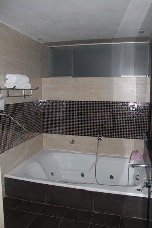 Aranwa Sacred Valley Hotel & Wellness: Bathroom