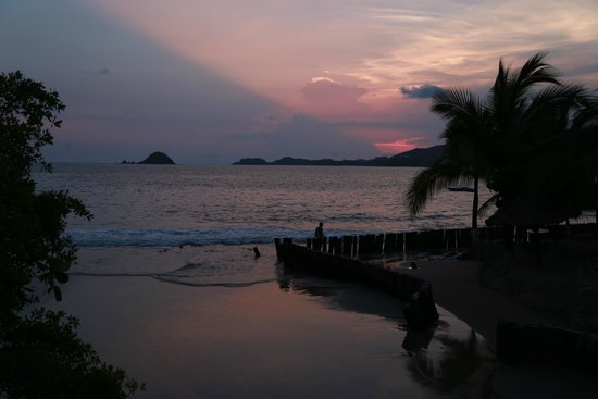 Pacifica Resort Ixtapa: and another perfect sunset