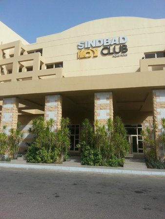 Sindbad Aqua Hotel & Spa : Front of the  hotel