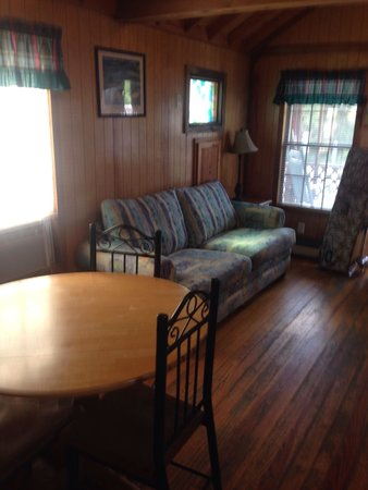 Navarre Beach Camping Resort: Dining/Living Area cabin C60