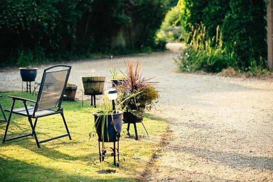 East Burton House: Garden