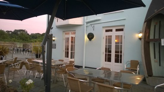 The Boathouse: Enjoy the summer breeze ouside
