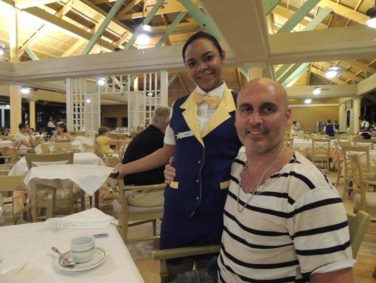 Iberostar Bavaro Suites : Con MARIEL, divinaa!!