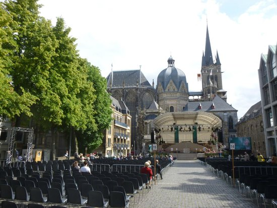 Aachen Cathedral (Dom): DOM