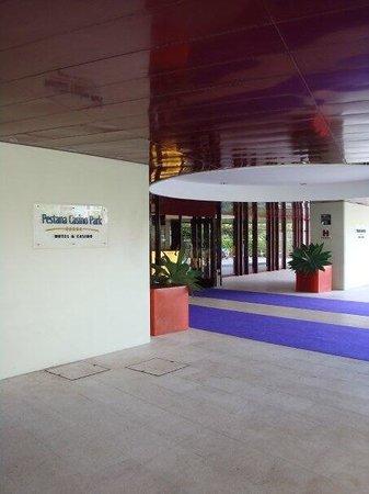 Pestana Casino Park Hotel: Front entrance