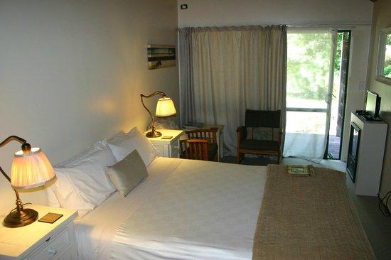 Wairua Lodge - Rainforest River Retreat: Room