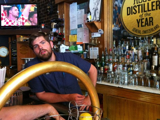Rogue Ales Public House: Friendly guy, knowledgeable with the beers he sold