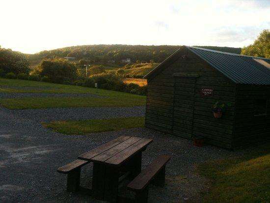 Lough Arrow Touring Park: Evening sun