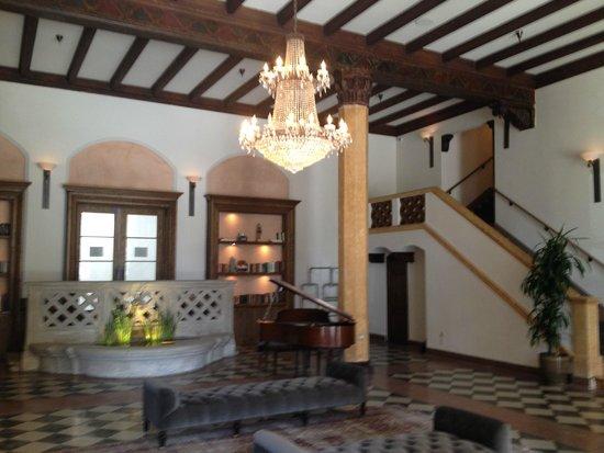 Hotel Normandie: Hotel lobby