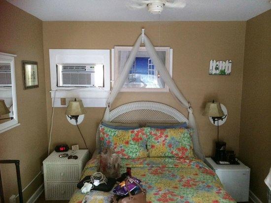 Seascape Tropical Inn: Room 4