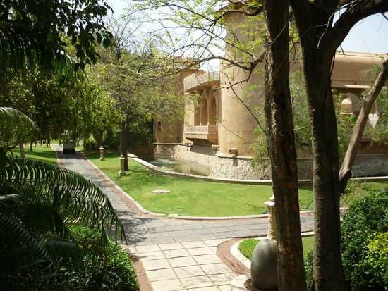 The Oberoi Rajvilas: The hotel wall and the surrounding moat