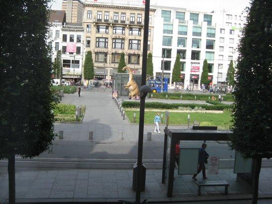 Park Inn by Radisson Antwerpen: Room view