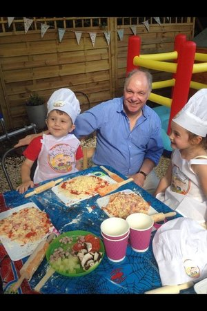 Eat your heart out : Pizza party fun