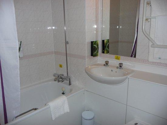 Leonardo Hotel Edinburgh City Centre (Haymarket): Banheiro