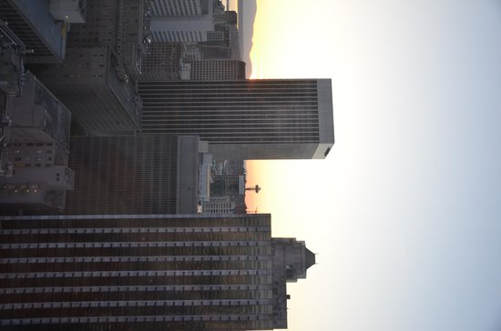 Renaissance Seattle Hotel: Sunset view from the room