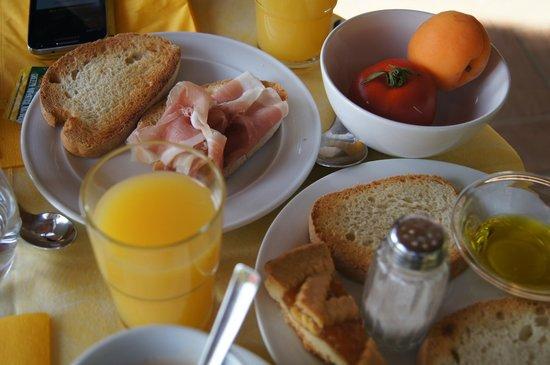 Agriturismo Cesani: Desayuno