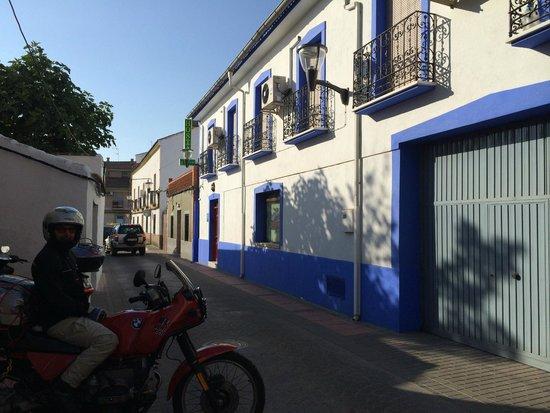 Hostal San Juan : Centro cittadina...semplicità e economia...