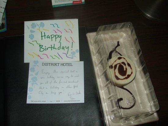 Distrikt Hotel New York City : Birthday treat