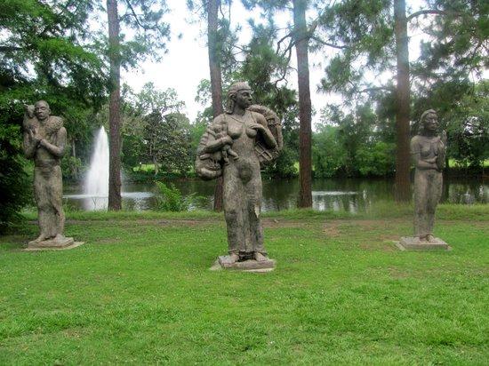 Audubon Park: Sculptures