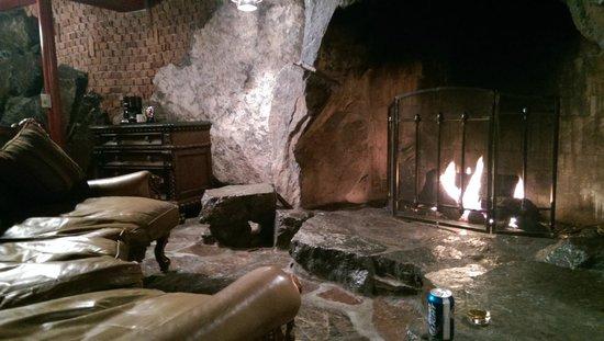 Madonna Inn : Fireplace mit Gasbetrieb