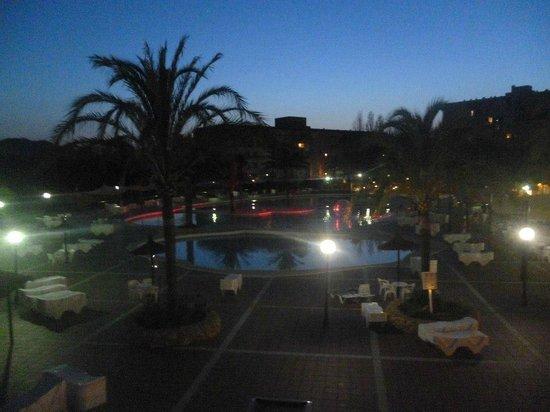 Club Cala Romani: pool at night