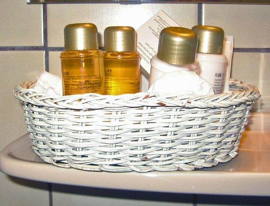 Adlon Hotel: Ванная комната