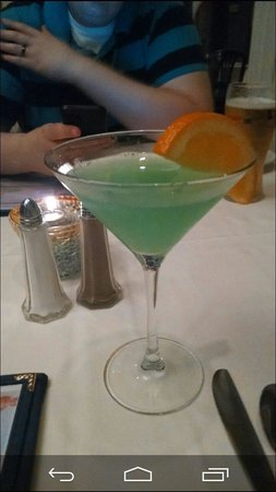 Oyster Bay Restaurant & Bar: I think this was called the Cape May martini..it was awesome!