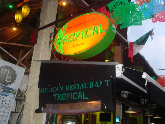 Tropical Playa del Carmen : look for this sign